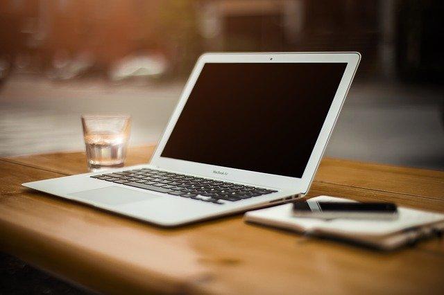Read more about the article Webseiten Text schreiben – in 5 Schritten zum Erfolg